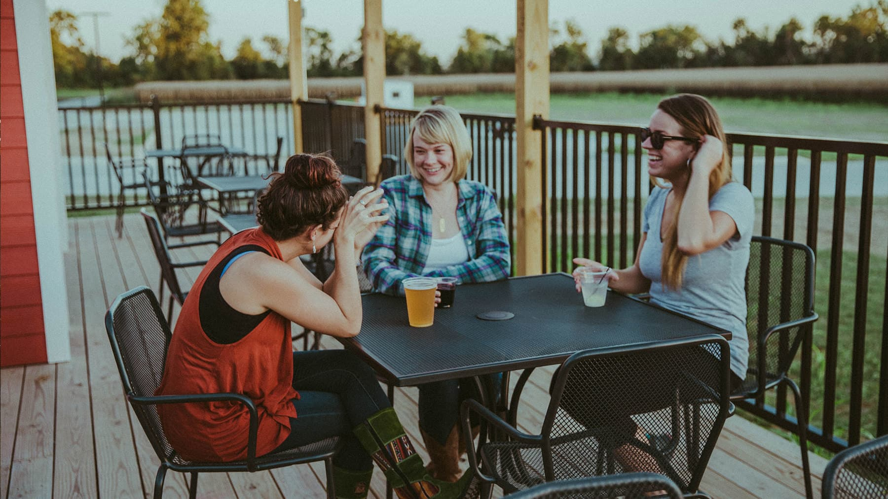 Your go-to stop on the Katy Trail for fun and relaxation.
